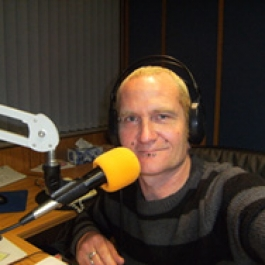 http://cdn.accessradio.org/StationFolder/radiosouthland/Images/1359074463-985-15.jpg