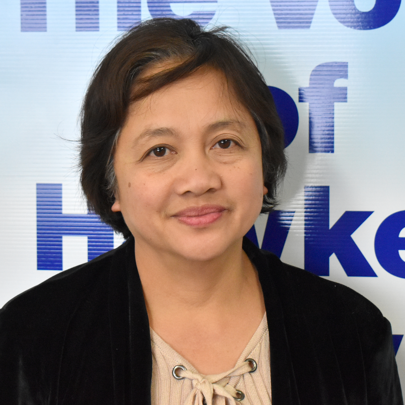 Philippine Radio-22-07-2019 Leah talks about the independence and teaches us some phrases